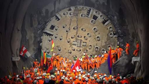 tunnel suisse gothard cérémonie